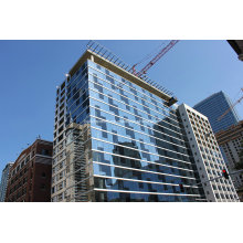 Высокий переходный синий тонированный стеклянный занавес настенный фасад