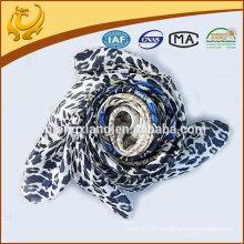 China Factory Turkey Style Leopard imprimé foulard carré turc en gros