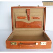 Настоящая кожа витринный чемодан