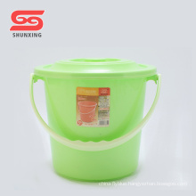 Multi color portable handle water plastic bucket with lid