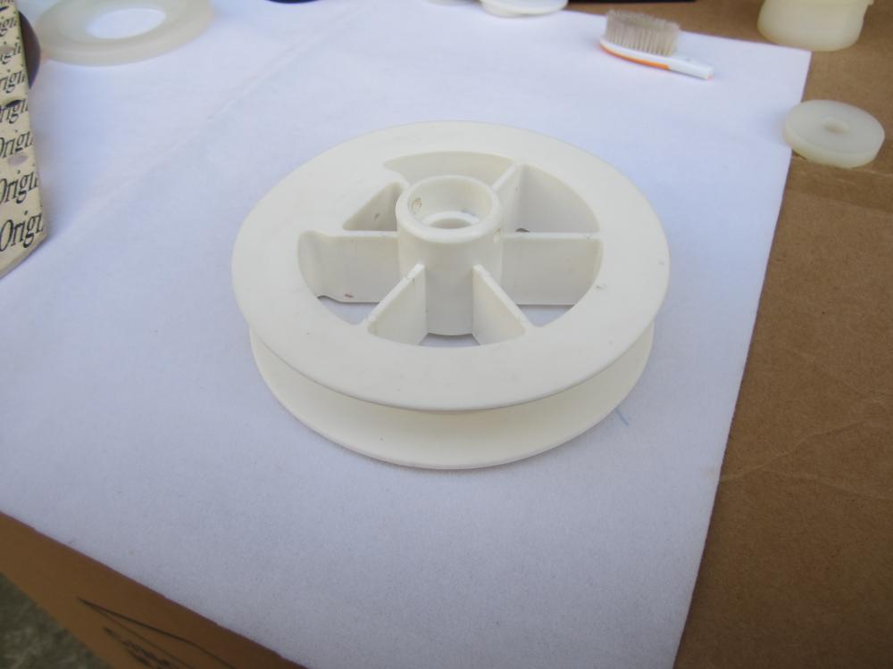 White Nylon Pom Derlin Acetal Wheels