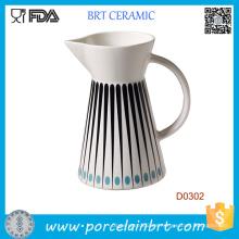 Jarra de leche de cerámica del agua de la cocina del estilo occidental para la promoción