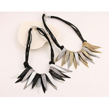 Fashion Alloy Collar Necklace Tassel Necklace Design