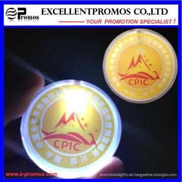 Versorgungsmaterial-Logo gedrucktes blinkendes Licht-Abzeichen (EP-B7027)