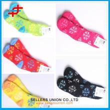 2015 Girls OEM Polyester Warm Fashion Snowflake Novelty Christmas Microfiber Cozy Socks