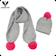 Girl′s Winter Warm Scarf and Hat with Pompom