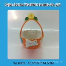 Cute Easter cesta de cerámica con el patrón de conejo