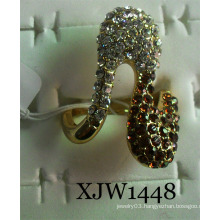 Diamond Ring/Fashion Ring/Ring Jewelry (XJW1448)
