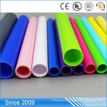 Pleine taille des tubes en plastique adaptés aux besoins du client rigides en plastique colorés de tuyau de conduit de PVC