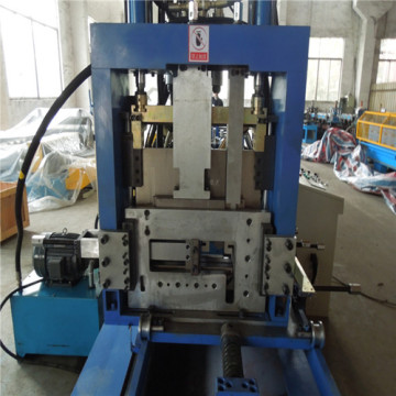 Galvaniserad Metal C / Z Purlin Roll Forming Machine