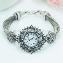 New Arrival Luxury Fashion personnalisé Quartz Montre bracelet pour femmes B038