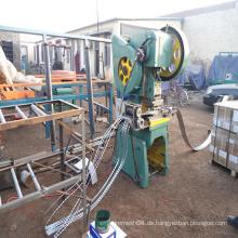 Stacheldraht-Maschendraht-Maschine