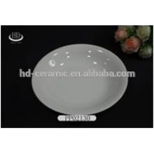 Plaque en céramique ronde blanche pour usage quotidien, plaque à dîner en porcelaine blanche et durable à la vente chaude bord étroit pour hôtel et restaurant
