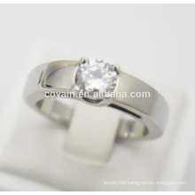 Wholesale 316L stainless steel top quality finger ring with crystal stone engagement wedding rings for cheap