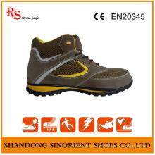 Sola macia da segurança que caminha sapatas de trabalho do conforto das sapatas de segurança