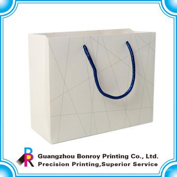 2018 top oem produit pour le sac de papier coloré de luxe avec poignée pour la vente en gros
