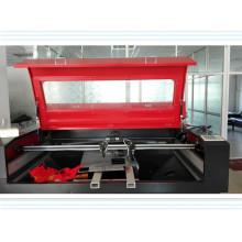 Máquina de grabado y corte láser con dos cabezales para tela