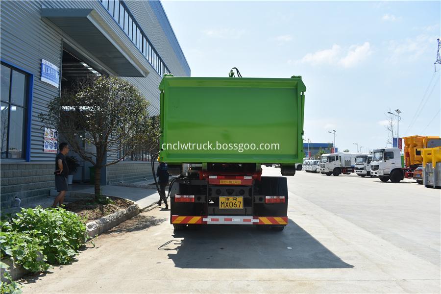 waste disposal vehicles supplier