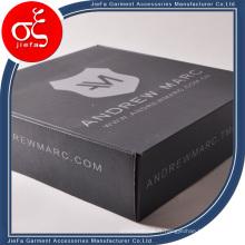 Boîte d'emballage adaptée aux besoins du client à extrémité élevé pour le vêtement