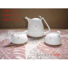 Keramik weißer türkischer Teekanne mit Zuckerbehälter und Milchkanne
