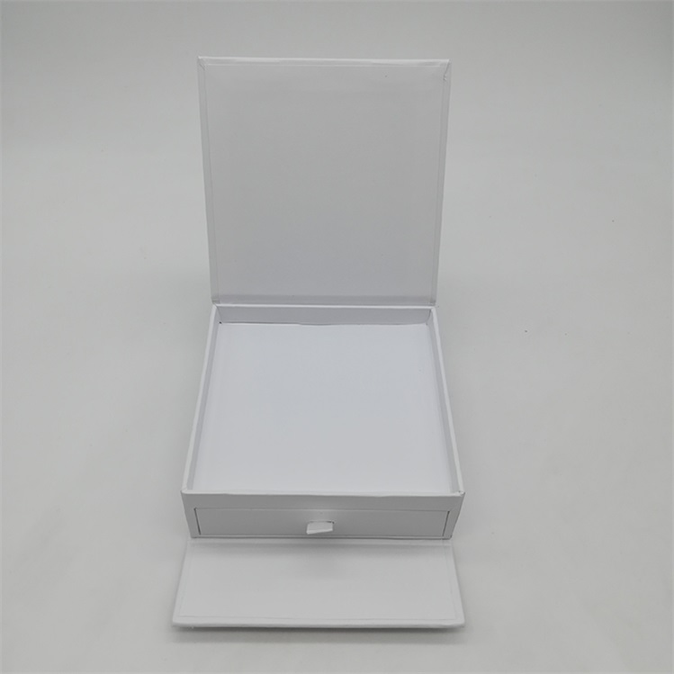 Paper Gift Box With Dividers