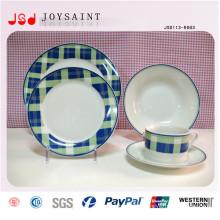 Plaques en relief gaufrées en gros de restaurant, plats blancs bon marché de dîner pour le restaurant, bon marché