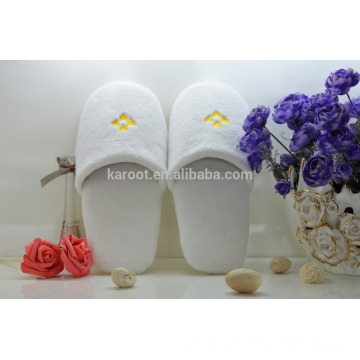 cheap soft personalized close toe chinese embroidered velvet hotel slipper