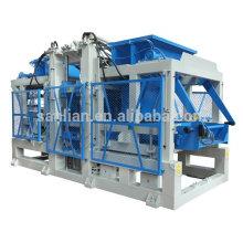 Machine à blocs de béton