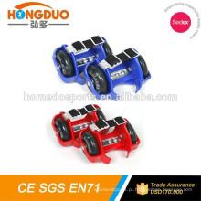 CE aprovado barato rolo intermitente ajustável com LED rodas de PVC para venda