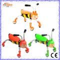 Plastik scherzt Spielzeug-Wanzen-Roller
