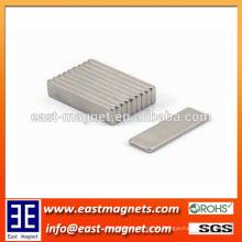 Benutzerdefinierte Sinter Neodym Magnete Composite und Block Form Magnet 20x10x10mm zum Verkauf
