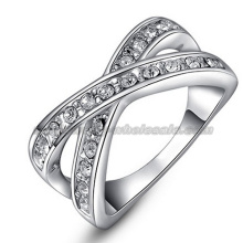 Placage platine traversé charmant Womens Rings