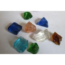 Vidrio coloreado paisajismo roca