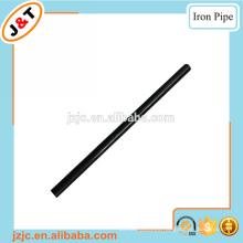 Vástago de hierro metálico hueco y delgado
