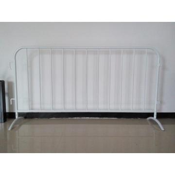 Portable crowd control barrier/temporary fencing