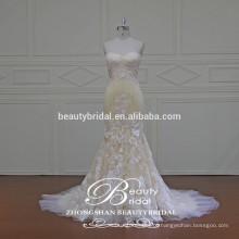 Vestido de noiva feito sob medida especial Vestido de noiva lindo com tafetá e imitação de seda com renda