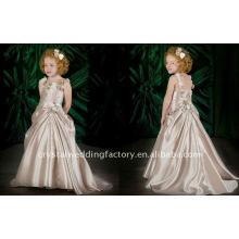 Lovely appliqued flower girl robe CWFaf1757
