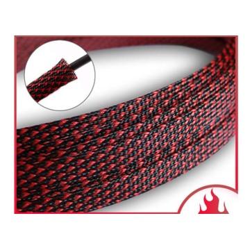 Rote geflochtene Hülse für Kfz-Enden