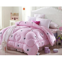 Factory Manufacture Cheap Colorful Embriodered Bed Quilt F1842