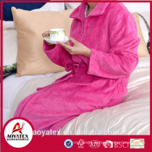 Billiger Fleece-Bademantel aus 100% Polyester für Frauen