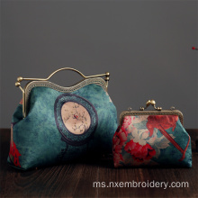 Hand Embroidery Retro Handbag
