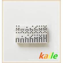 Doppelte sechs schwarze Farbe weiß und Gold Doppeldecker Domino