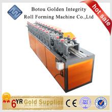 Machine de fabrication de fenêtres et de fenêtres en aluminium, machines de fabrication de portes à volet en Chine