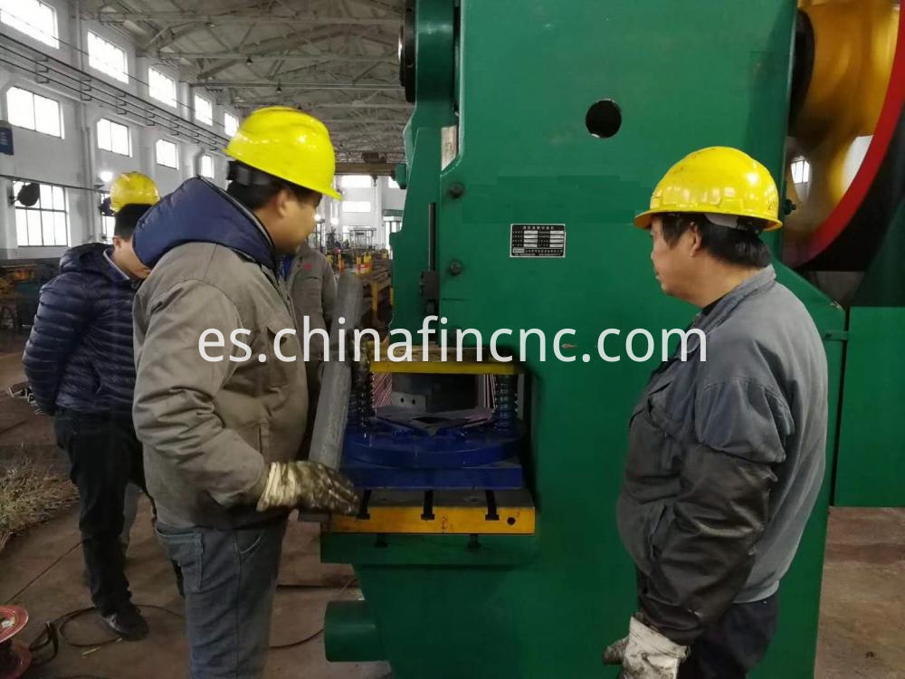 Notching Machine for Electric Tower