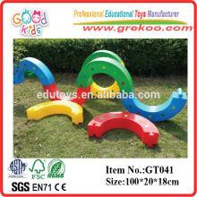 Amusement Park Equipment Plastic Kids Half Wave Bending S Bridge