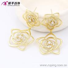 Xuping Fashion 14k flor de oro pendiente de lujo Zirconia flor 90041