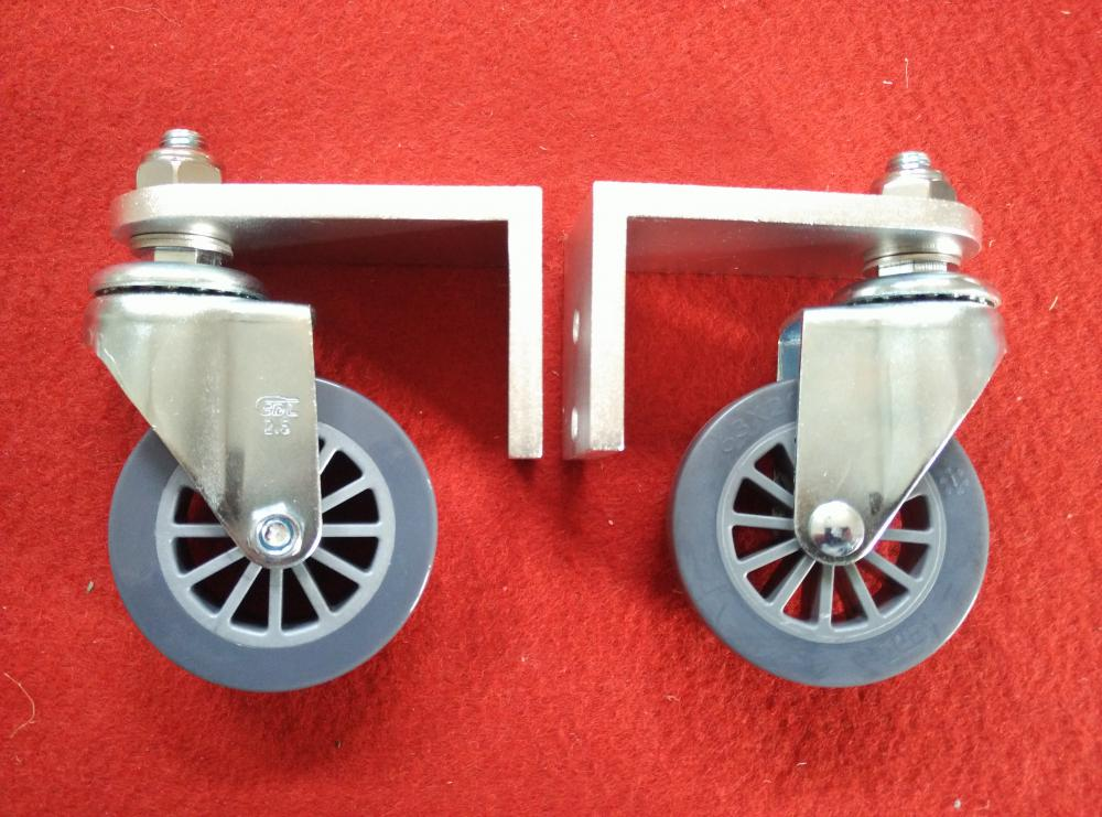 wheels for surface cleaner