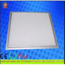 Luz interna do painel do diodo emissor de luz 18W usada