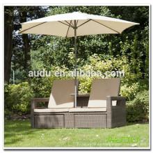 Audu Outdoor Wicker Sillas multiuso de piscina con sombrilla