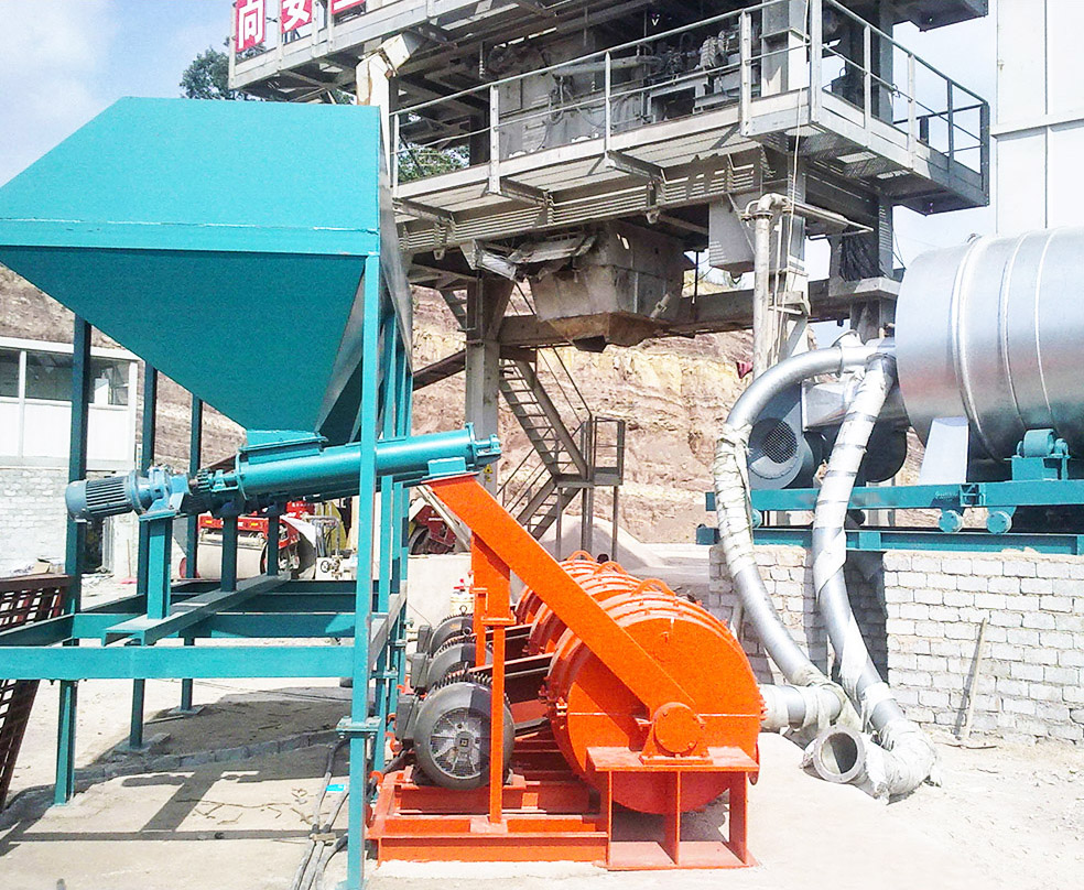 Boiler pulverized coal burner